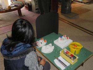 橋本広司民芸では絵付け体験時のスペース確保を徹底しております
